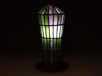 ピンクとグリーン色のガラスランプの画像