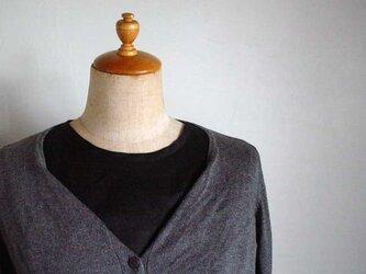 黒リネン生地シャツ型襟無し付け襟の画像