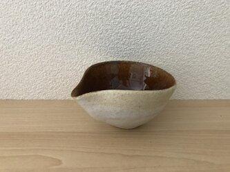 飴釉と唐津釉の片口の画像