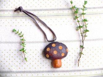 木製 きのこキーホルダー 水玉の画像