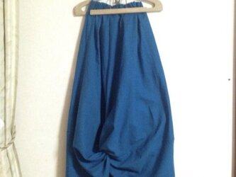 爽やかインディゴのハーフリネンツイストコクーンスカートの画像