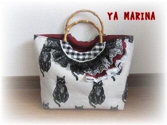 渋可愛い黒猫柄の竹ハンドルトートバッグの画像
