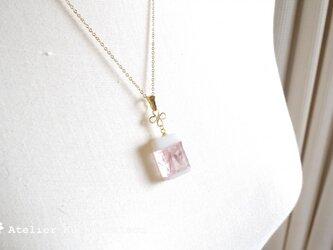 【受注製作】ガラスの香水瓶風ペンダント〈薔薇水〉の画像