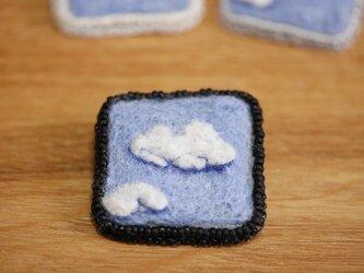 雲 ブローチ・黒の画像