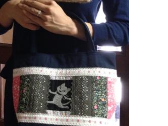 PJC黒猫刺繍&リバティ 帆布 パッチワークトートバッグの画像