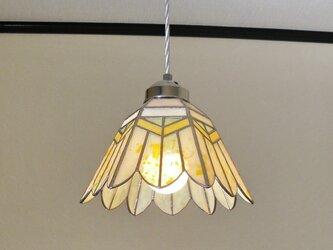 イエロー・ホワイトのお花(ステンドグラスペンダントライト)吊り下げ照明・ガラス  Lサイズ・(コード長さ調節可)15の画像