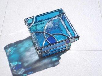 ステンドグラス/小物入れ・トレイ 「ゆらめき (ブルー・2段)」の画像