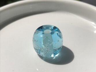 泡玉 水の画像