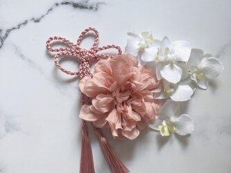 和装 髪飾り ダリア 胡蝶蘭 タッセル付の画像