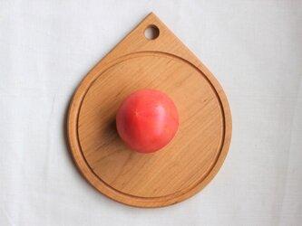 山桜の丸くて小さなカッティングボード:Φ180の画像