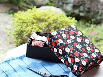 裁縫箱 ツバキ柄(K様ご予約品)の画像