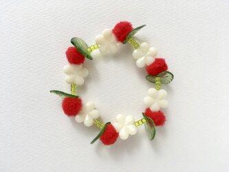 お花のブレスレットの画像
