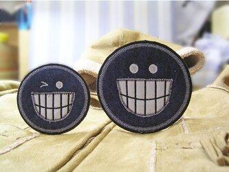★笑うスマイルフェース★補修やデニムに★ワッペン★2枚セットの画像