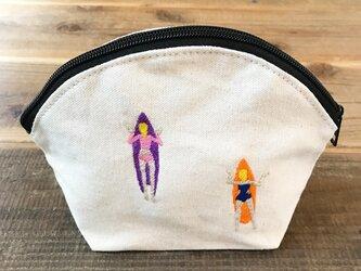 ゲティングアウトSURF 刺繍 キャンバスシェルポーチの画像