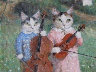 バイオリンとチェロ(姉弟)の画像