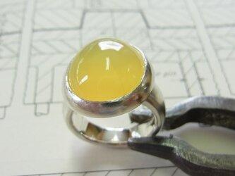 イエローオパールのリングの画像