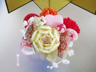 着物 髪飾り 成人式 七五三 水引花 和装 ヘアアクセサリー振袖 黄系の画像