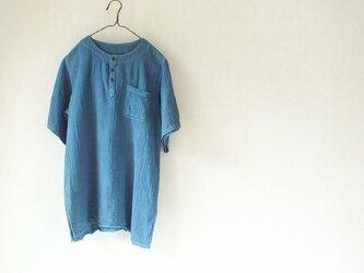 浅間山麓育ちの藍で染めました・半袖クルタシャツの画像