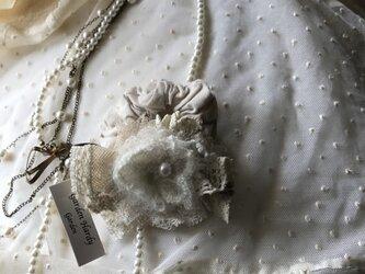 モコモコうさぎ様ご依頼のアンティークレースとふわふわモヘアのシュシュの画像