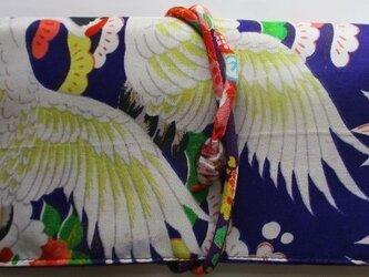 送料無料 鶴と花の描かれた女の子の着物で作った和風財布・ポーチ 2920 の画像