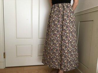 SALE【Mサイズ】小花茶色地ロングタイトスカート(お揃い柄シュシュ付き)の画像