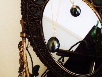 * ブラックパール1粒ネックレス *の画像