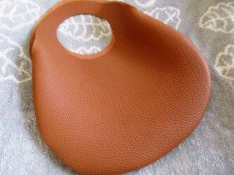 【新作】小さな革の袋・トリヨン有機デザインバッグの画像