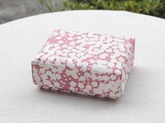 桜着物地の小箱の画像