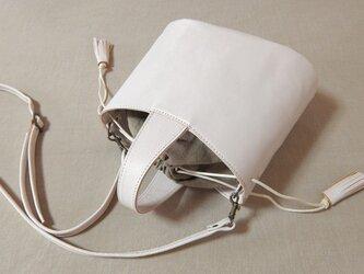 [受注生産]  アンティック調レザーのワンハンドルトート 白の画像