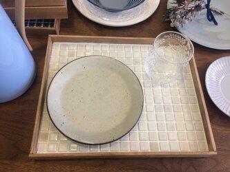 カフェトレイ(大)、釉薬タイル(ホワイト)訳ありSALE品の画像