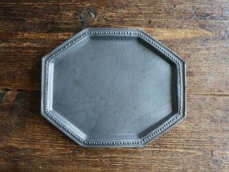 八角ドットリム皿(黒マット)の画像