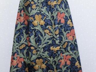 クラシカルな模様のスカート 総ゴムの画像