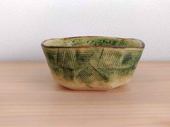 織部角鉢の画像