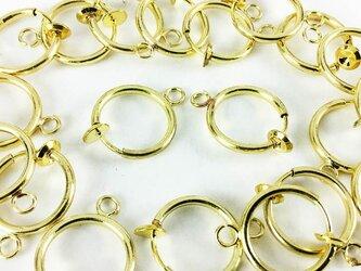 送料無料 フープ イヤリング パーツ ゴールド 20個 10ペア 13mm カン 付き 金色 ノンホール ピアス AP0162の画像