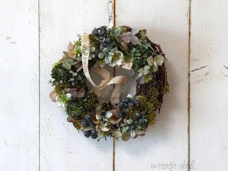 Natural wreath ・ 大人カラーのナチュラルベリーリースの画像