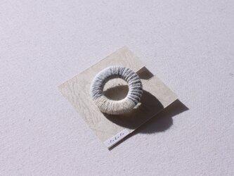 「小」ボーダーブローチの画像