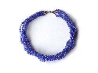 青い4連ネックレス【受注制作】/アクリルビーズの画像