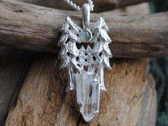 『ハルモニア』森と満月のネックレスの画像