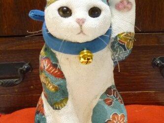 青い招き猫 左手招きの画像