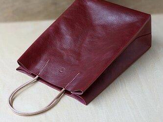 紙袋っぽい革袋 S・ バーガンディの画像