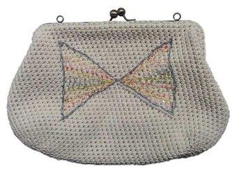 リボンのハンドバッグの画像