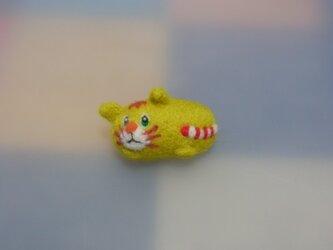 ゴロゴロnekoブローチ(羊毛フェルト)の画像