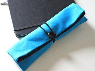 がばっと開くペンケーススマート(水色×ネイビー)の画像
