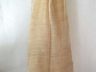 手織り 紅茶で染めたシルクのストール(1)の画像