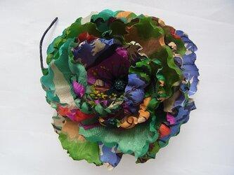 南国柄シルクポピーコサージュ(グリーン系)の画像