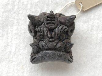 鬼瓦の帯留め  薪窯ブラウンの画像