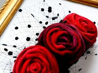 ベルベットローズヘッドドレス/redの画像