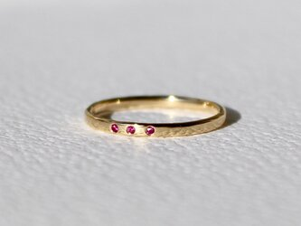 Tres rubeus ring / K18ct Yellow gold . Rubyの画像