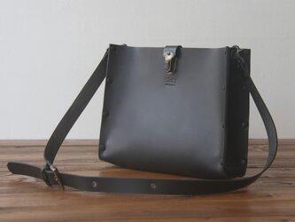 [本革]ショルダーバッグ NSB(ブラック)SToLY Leather Bag/ストーリー レザーショルダーバッグの画像