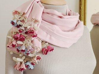 立体レース 花のパシュミナストール「ツインフラワー/2辺」パウダーピンクの画像